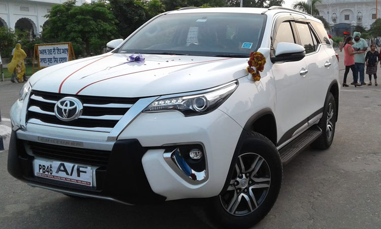 SUV New Fortuner Luxury Car On Rent In Amritsar, Prabh Travels